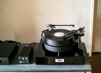 TW Acustic Raven Turntable
